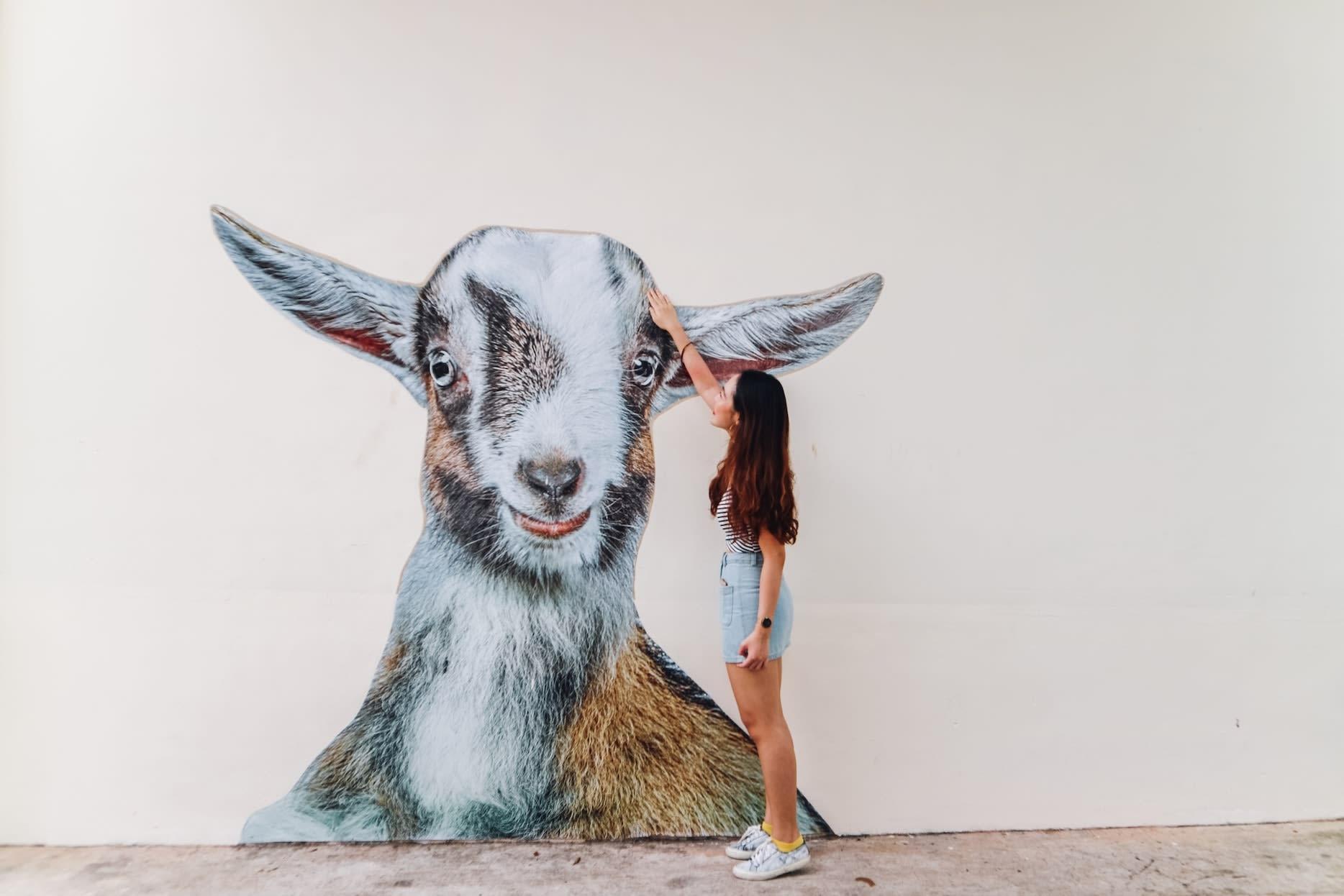 tiong bahru goat wall mural