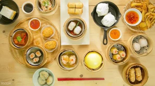 Dim sum at Hong Kong Noodle in Bangkok