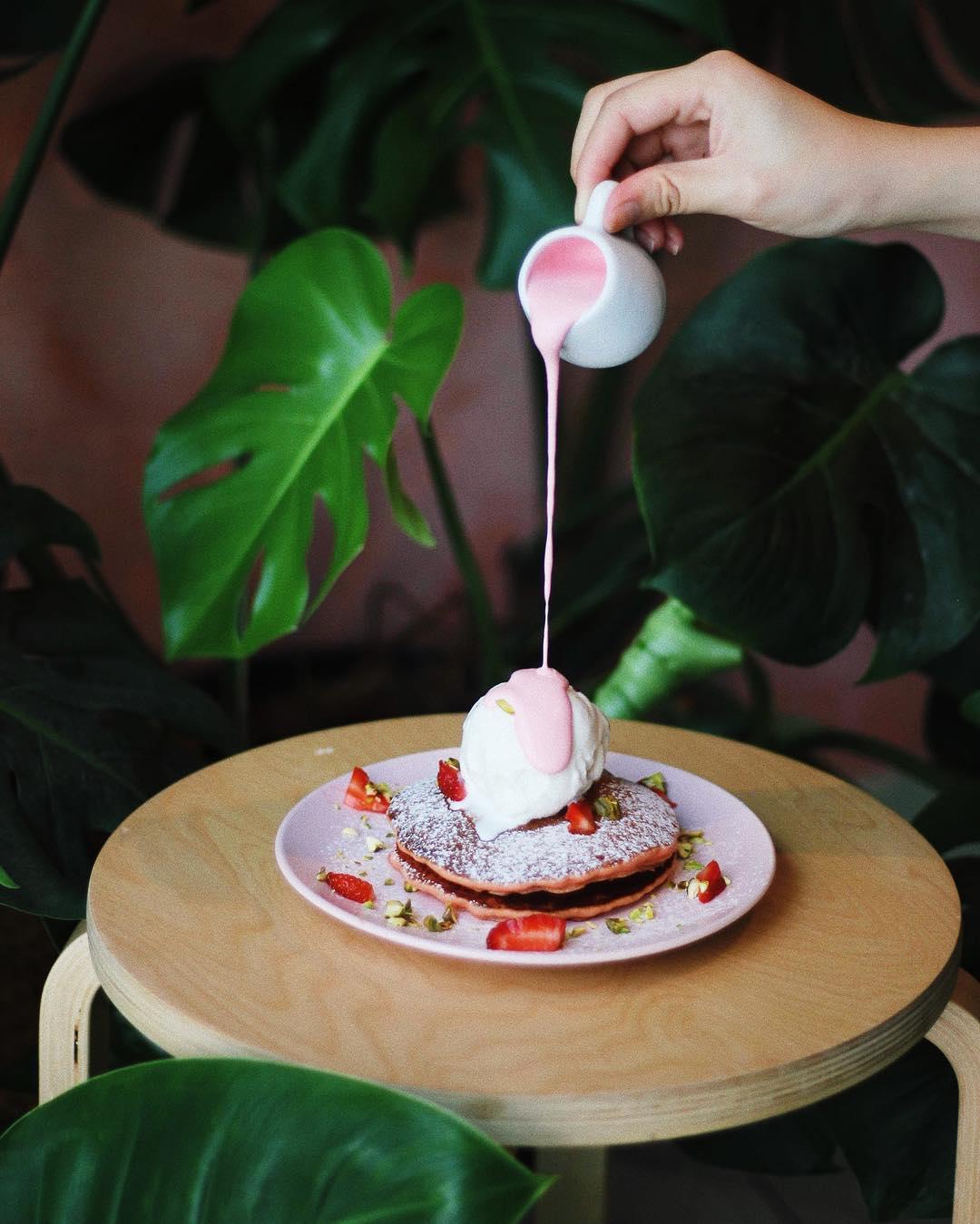 Matcho Cafe Rose Pancake