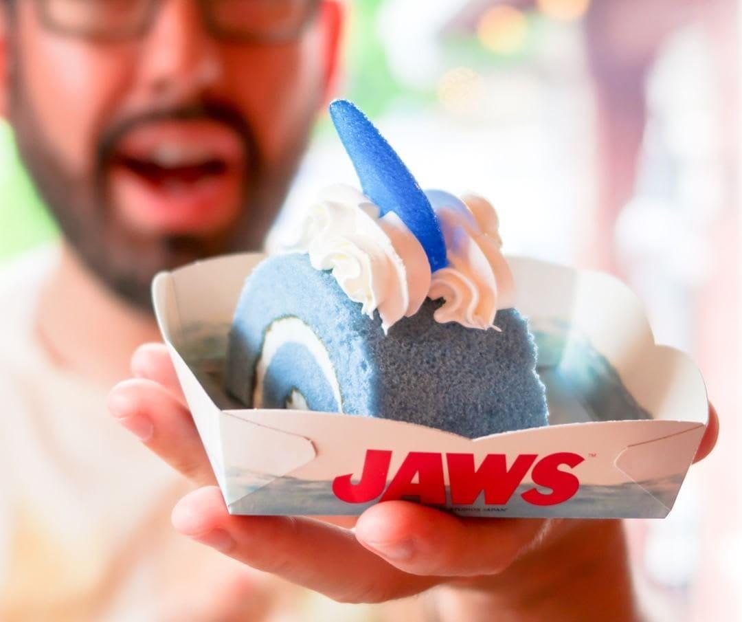 Jaws Cake USJ
