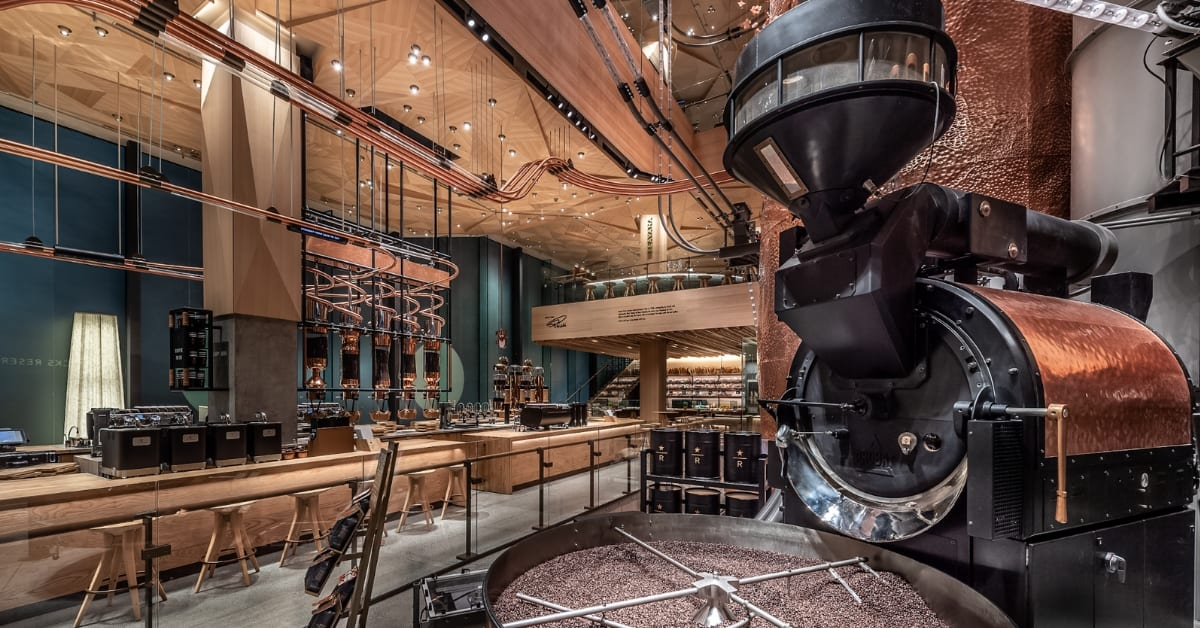 World's Largest Starbucks In Tokyo Has Coffee Cocktails