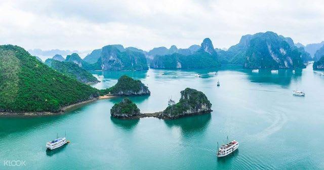 Guide to Vietnam - Ha Long Bay