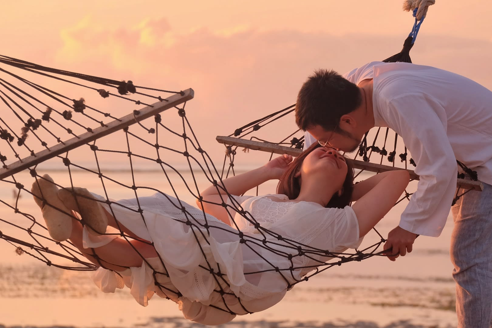 Romantic things to do in Bali for couples - private photoshoot