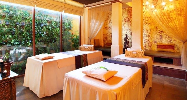 Romantic things to do in Phuket for couples - Spa Burasari
