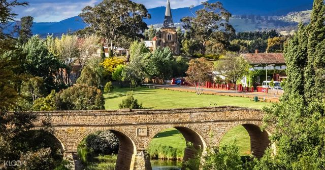 Top things to do in Tasmania Australia - Gregorian architecture Richmond
