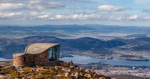 Top things to do in Tasmania Australia - Mount Wellington lookout