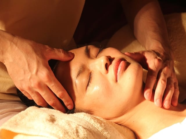 Romantic things to do in Bali for couples - spa
