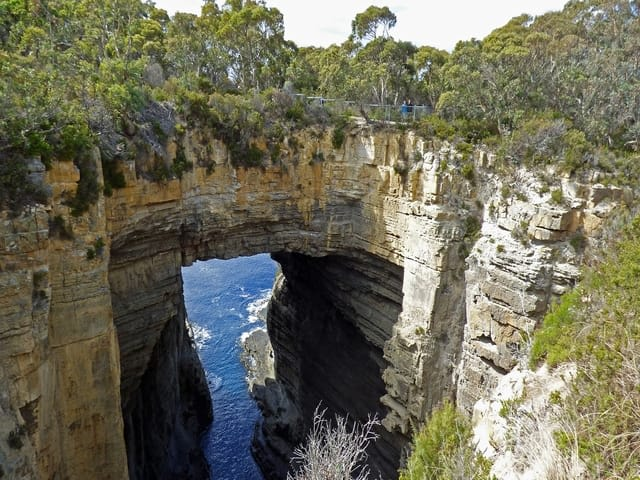 Top things to do in Tasmania Australia - Tasman National Park Arch Coast