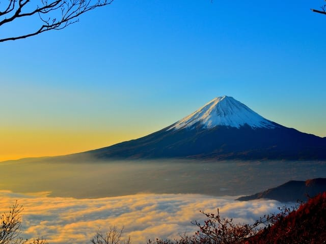 How to get WiFi or a Sim Card in Japan - Mount Fuji