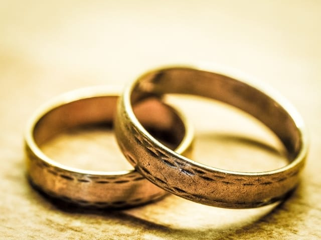 Romantic things to do in Bali for couples - Wedding Rings
