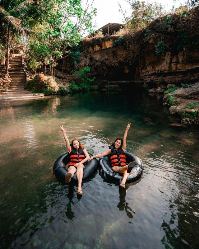 river tubing pindul cave yogyakarta