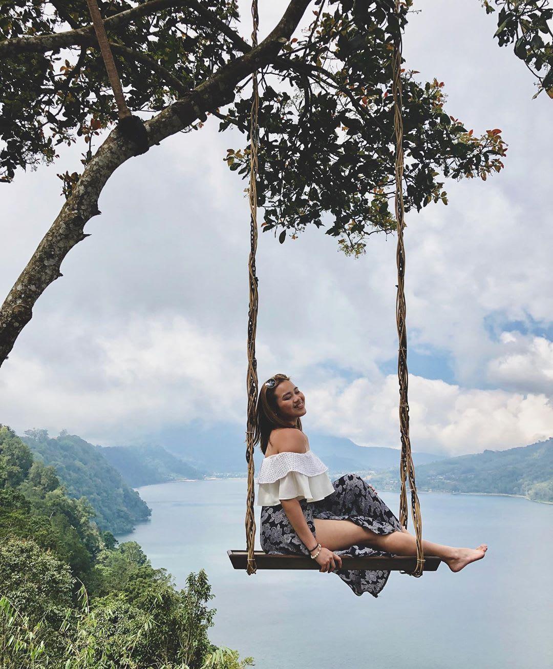 Wanagiri Hidden Hills swing