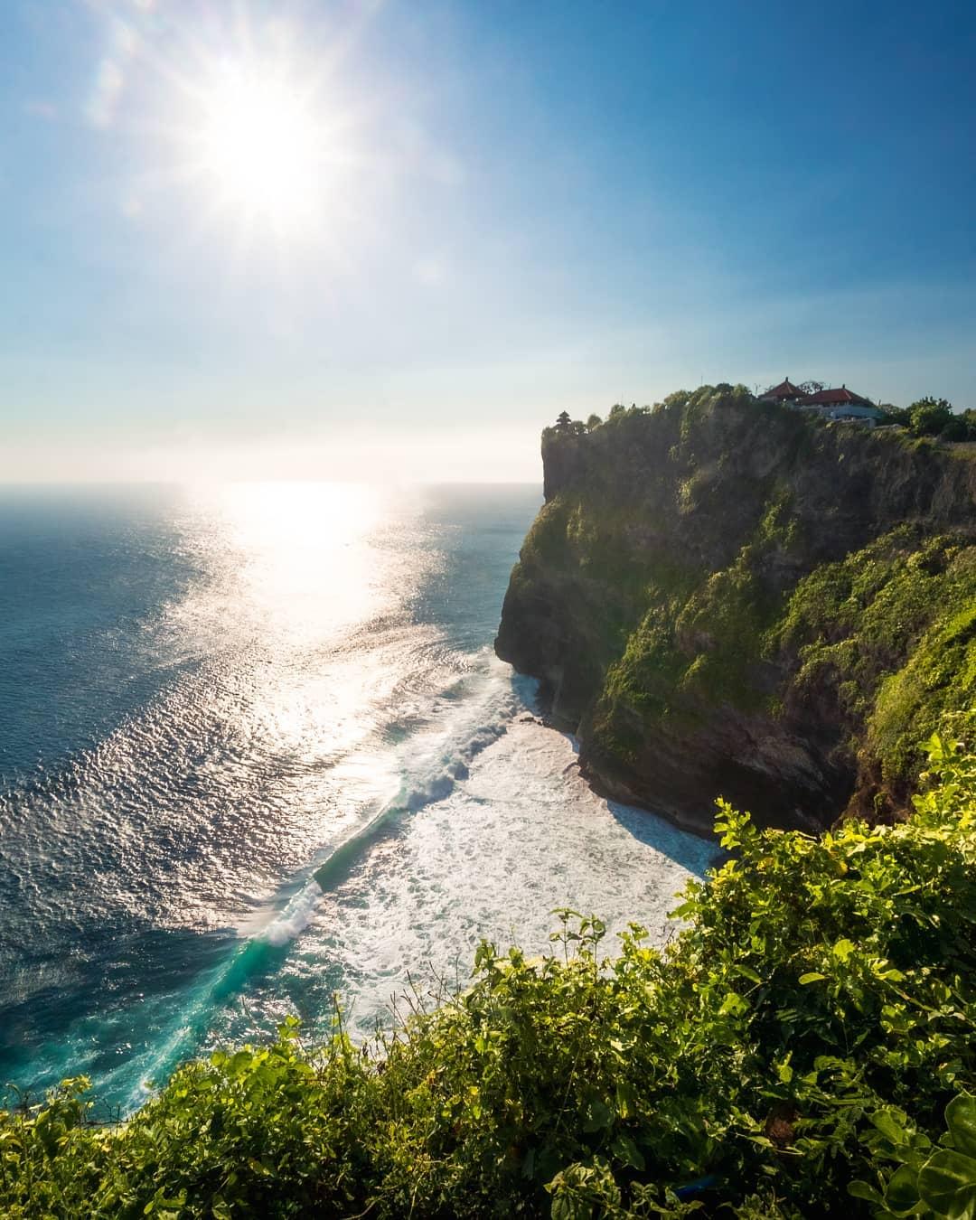 uluwatu temple cliff shot