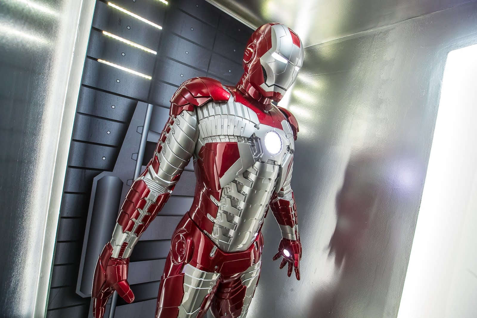 marvel exhibition iron man