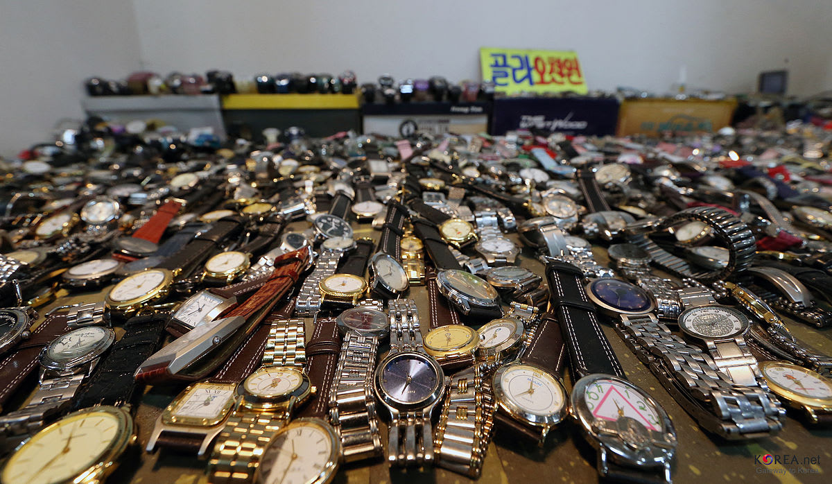 seoul-shopping-budget-seoul-folk-flea-market