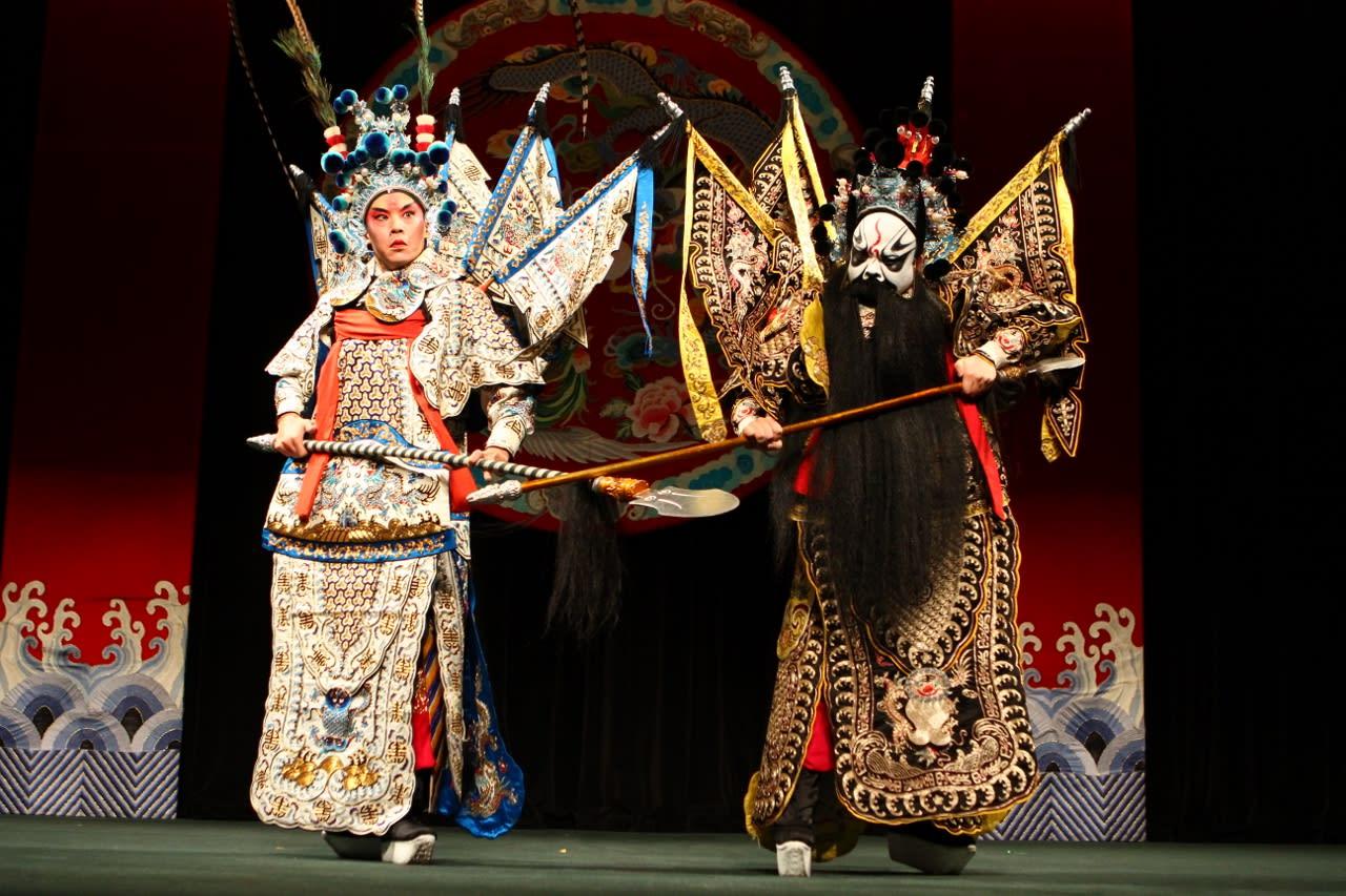 taipei-mrt-guide-taipeieye-peking-opera