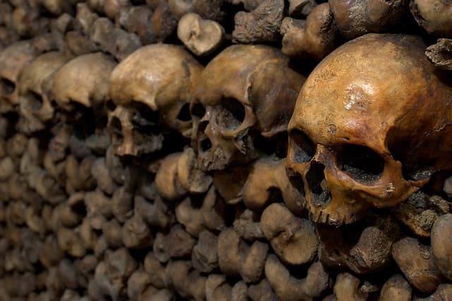 paris-budget-guide-catacombs