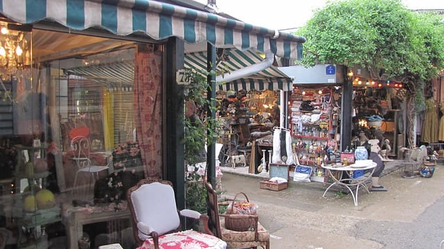 paris-budget-guide-saint-ouen-flea-market