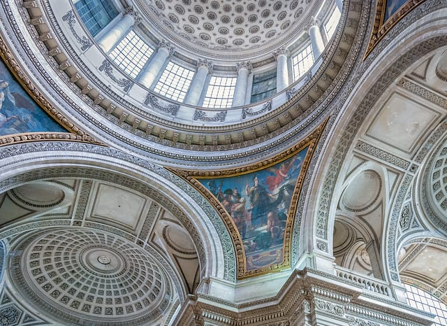 paris-budget-guide-pantheon