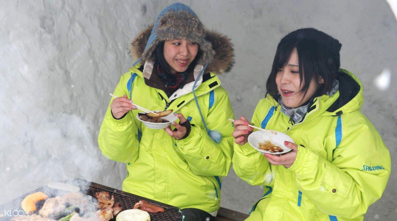 japan-winter-activities-snow-field-bbq