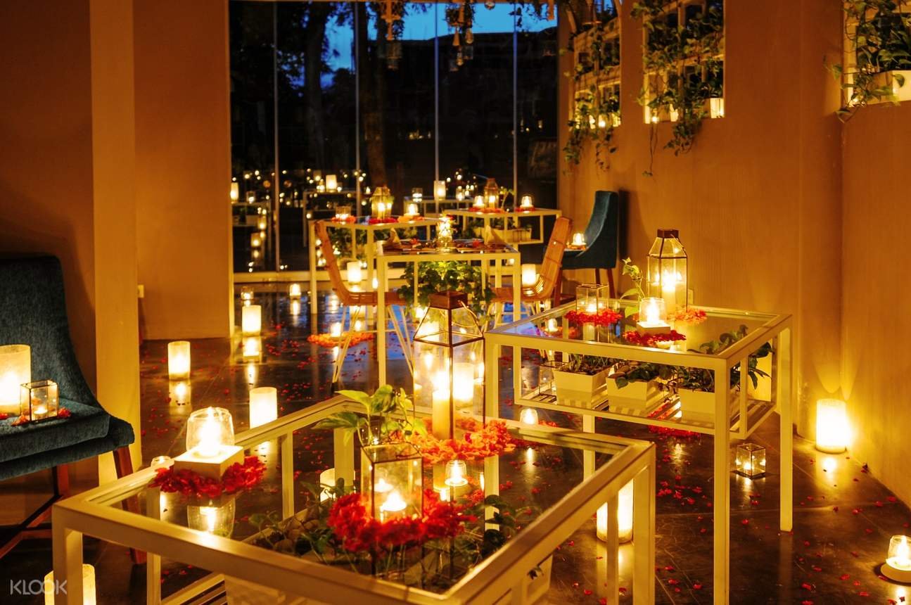 romantic-dates-bali-candle-lit