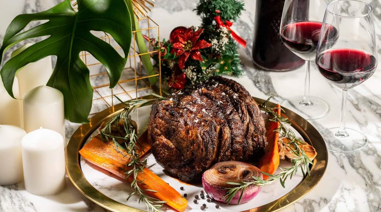 christmas-feast-winestone