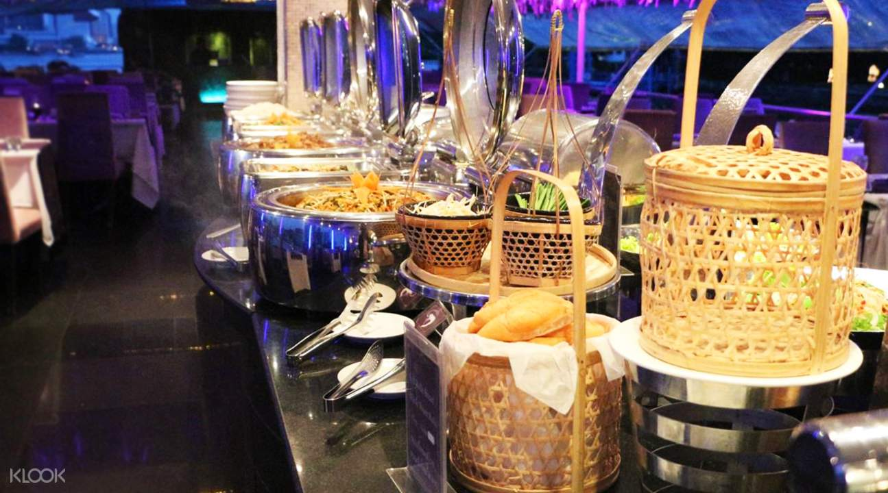 sea-countdown-chao-phraya-cruise