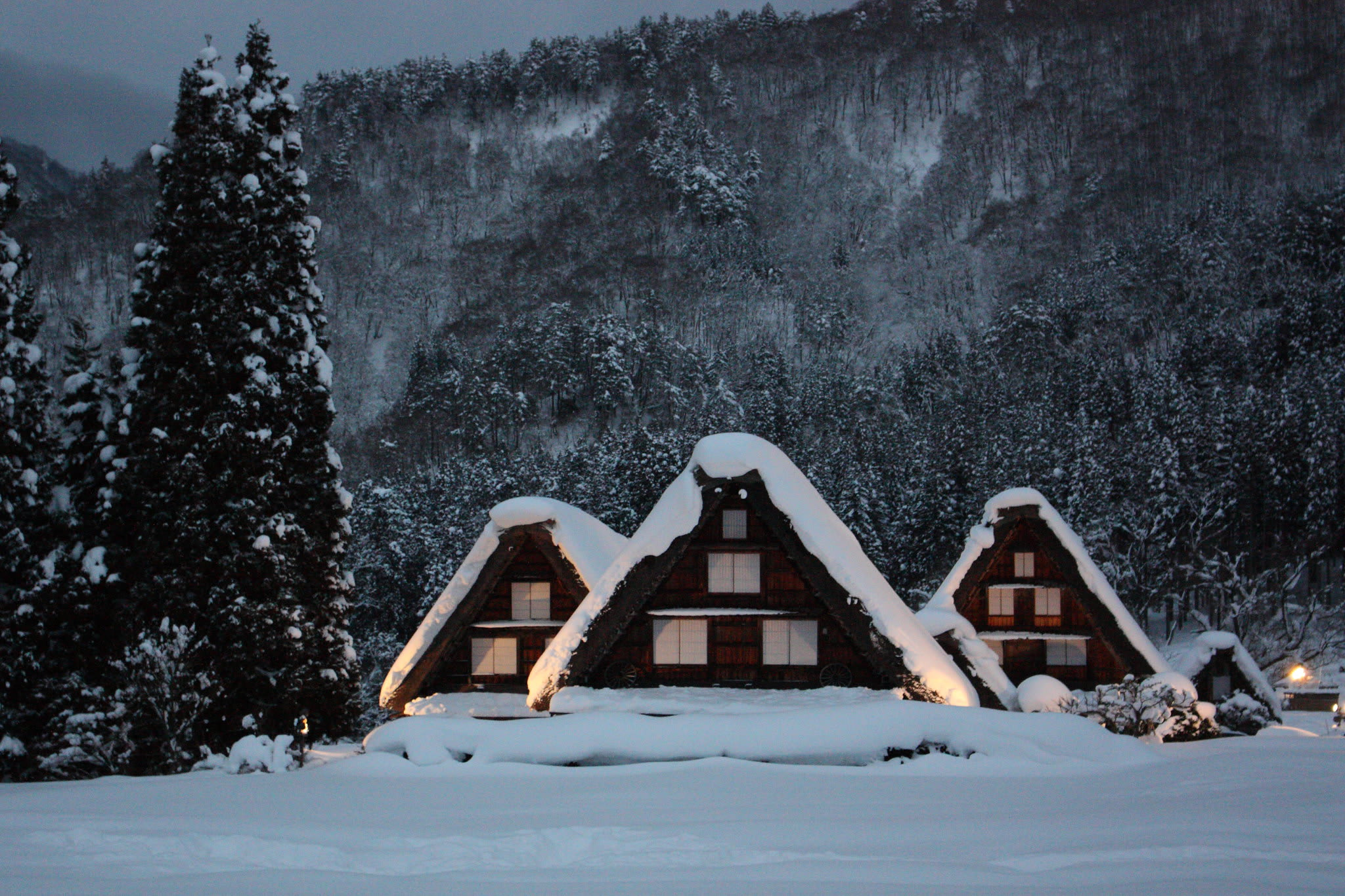 shirakawago gassho village winter