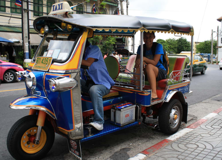 How-to-explore-Chiang-Mai-under-US$35-a-day-tuk-tuk