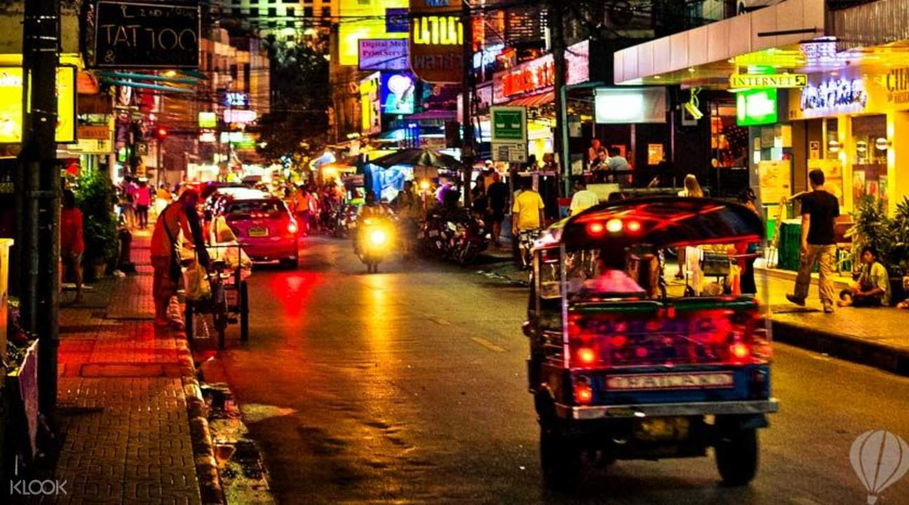 bangkok night tuk tuk soi cowboy