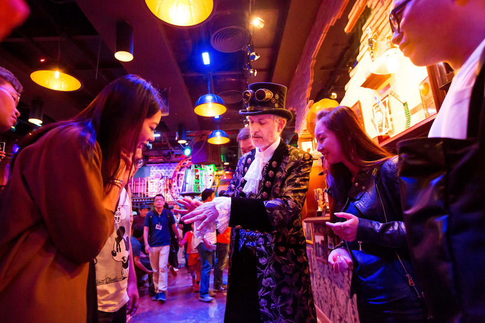 Magician at House of Magic Macau