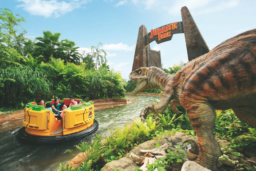 Jurassic Park Rapids Adventure_Landscape HR (Copy)