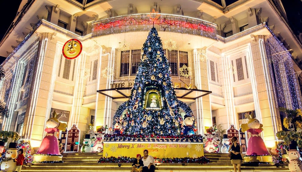 Peninsula Plaza Christmas