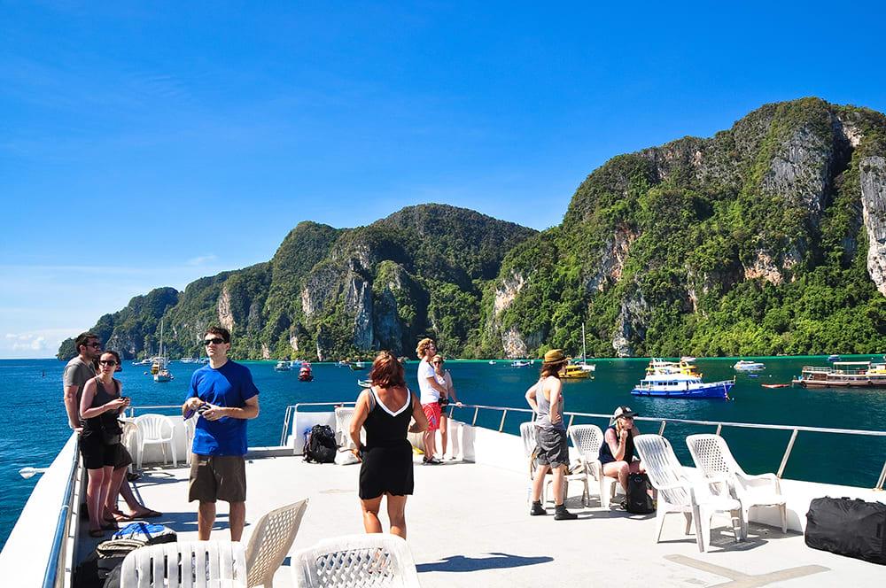 Raya Island Boat & Snorkel Trip