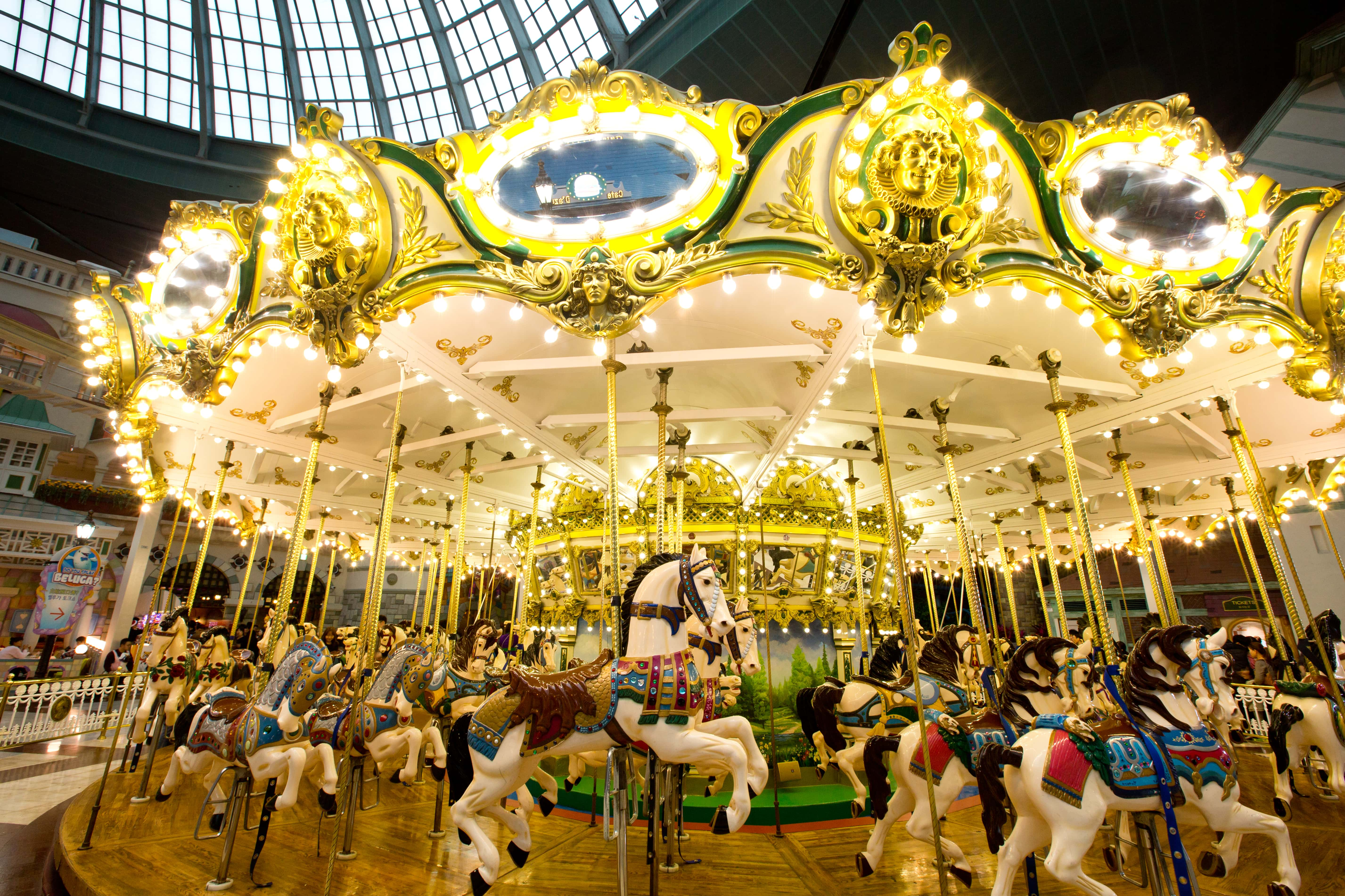 All-You-Need-To-Know-To-Conquer-Lotte-World-adventure-camelot-carousel