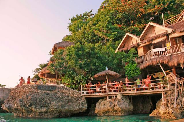 Spider House, Boracay
