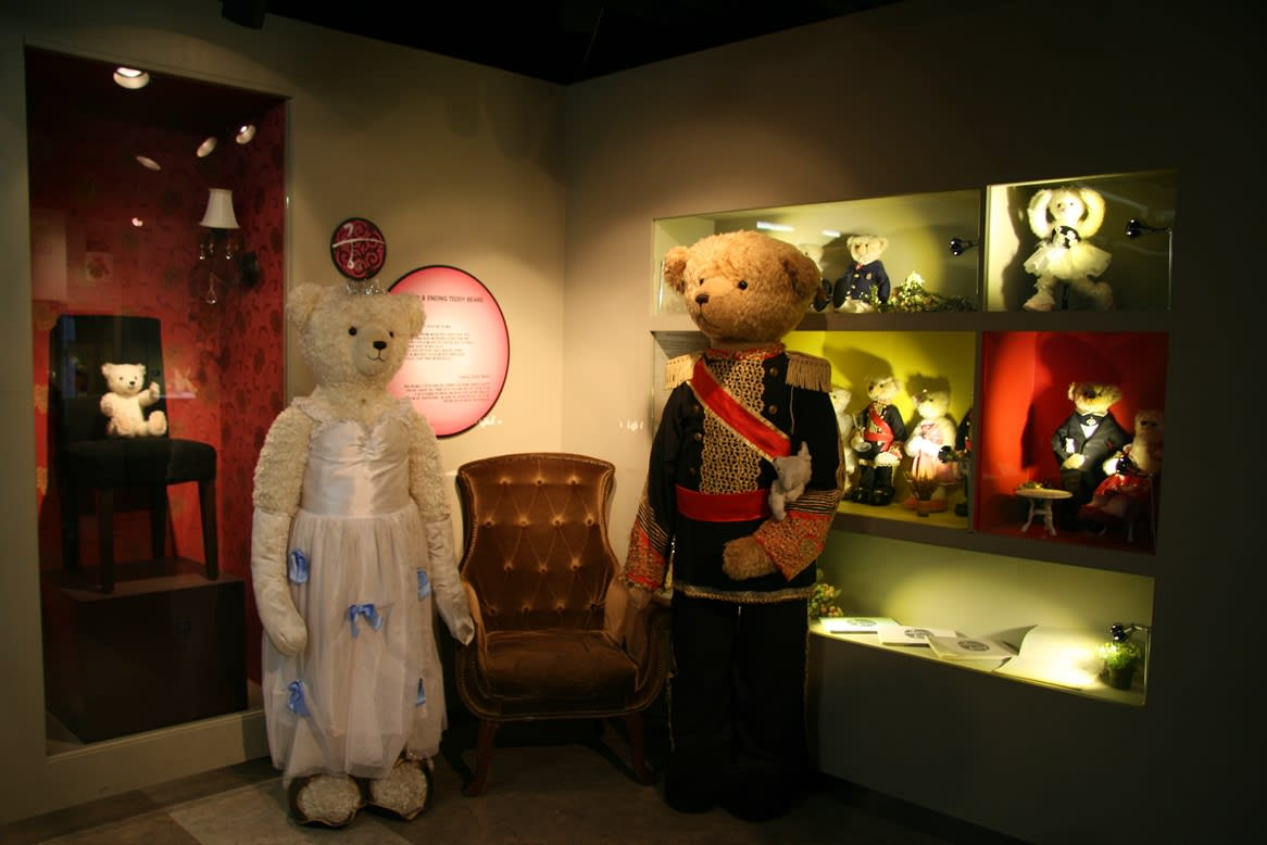 Princess Hours Teddy Bears at the Teddy Bear Museum