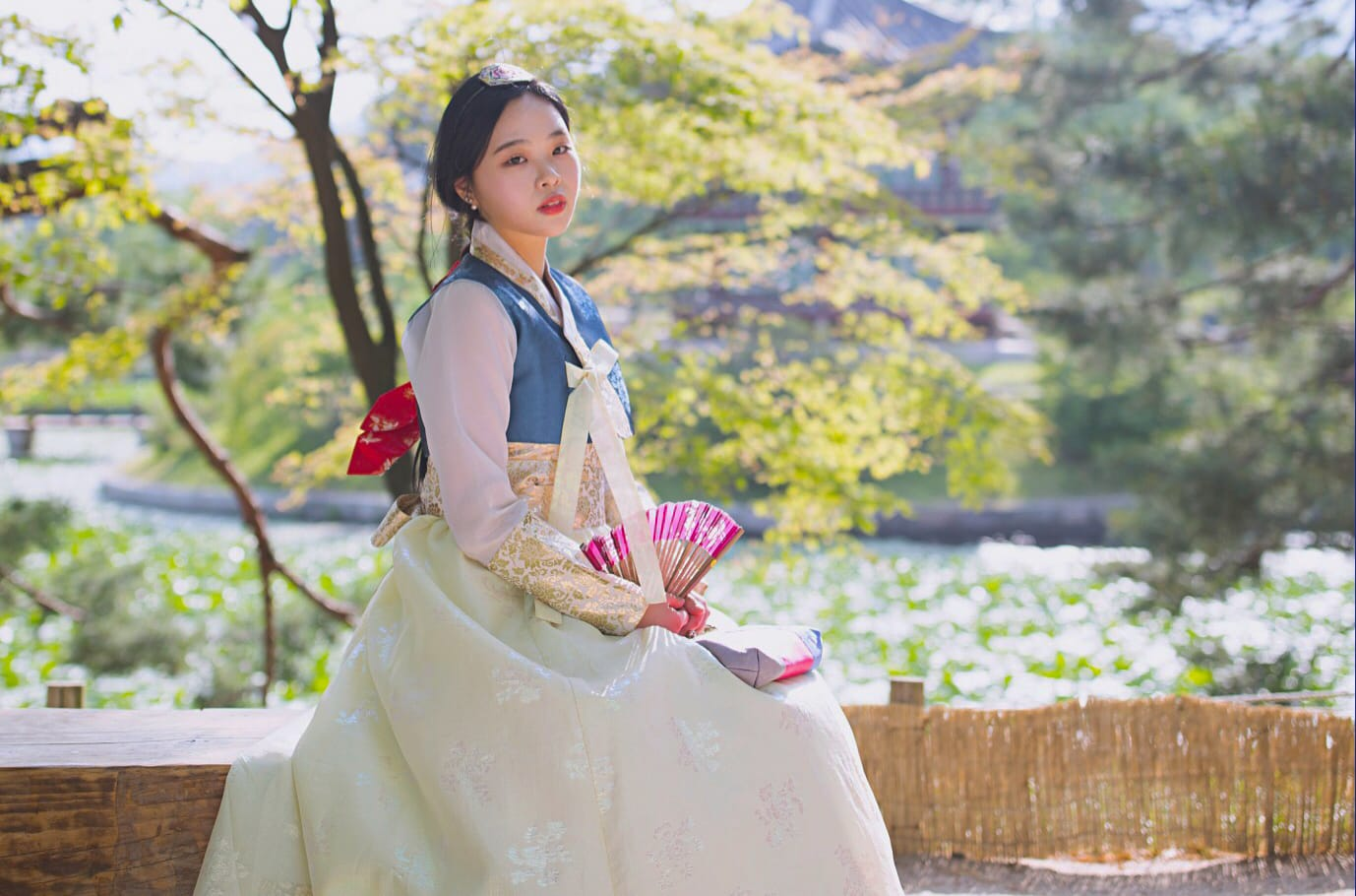 Girl in hanbok costume
