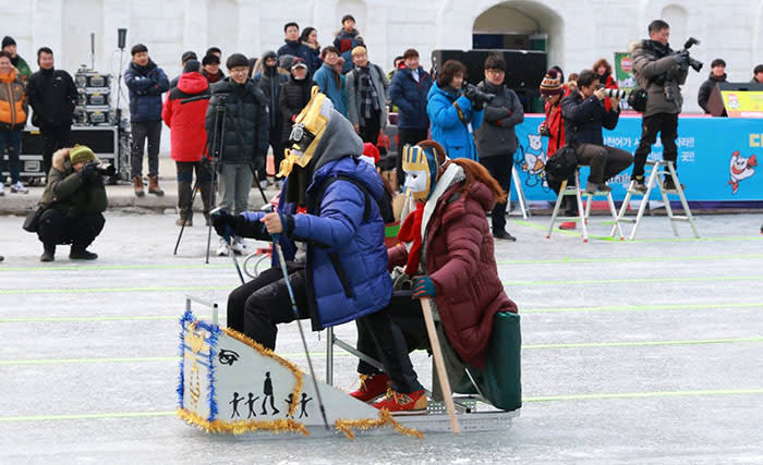 Hwacheon-Sancheoneo-Ice-Festival-Sled