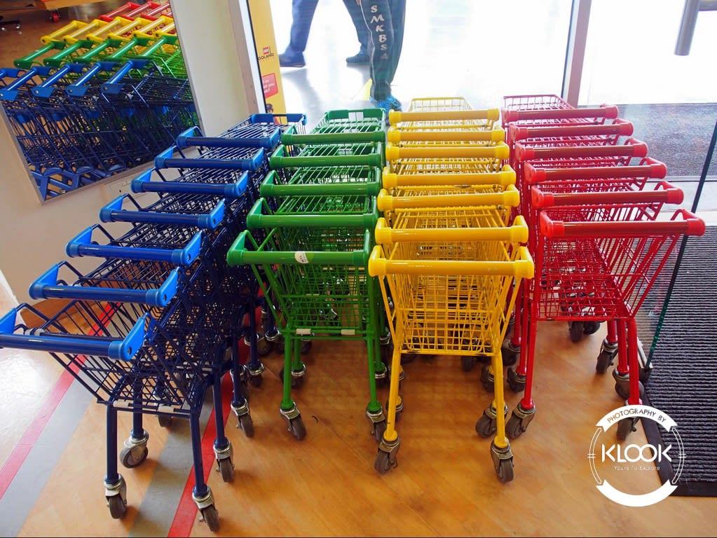 Trolleys in The BIG Shop
