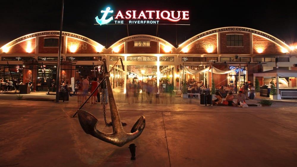 bangkok asiatique the riverfront, asiatique mall bangkok, bangkok evening entertainment