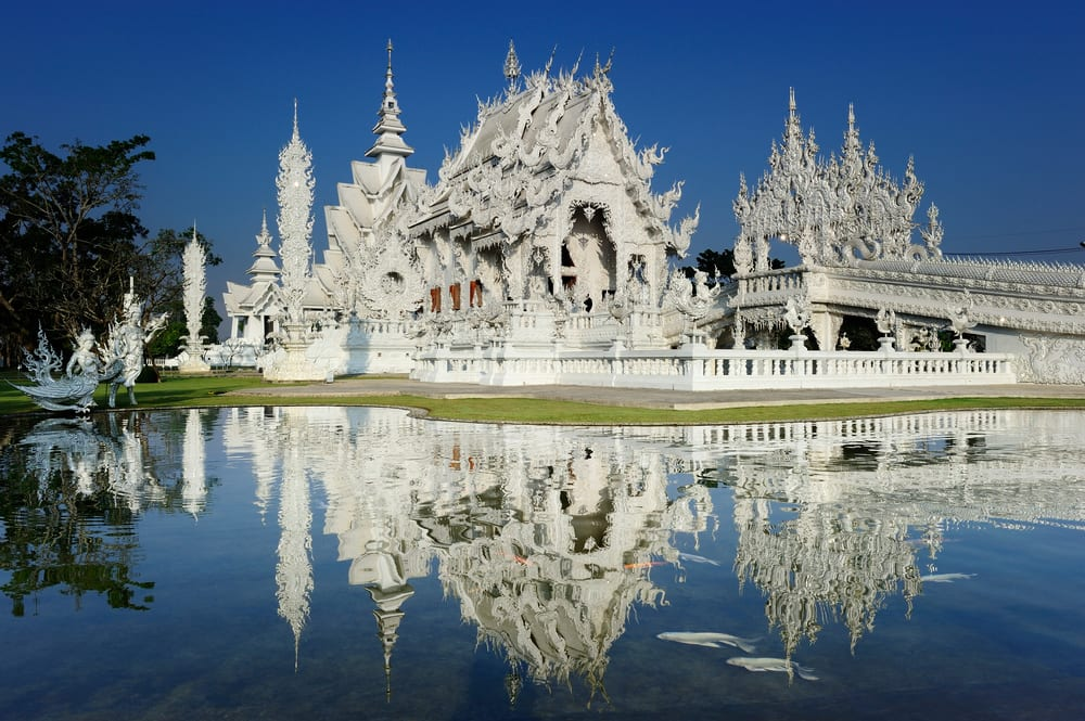 chiang rai white temple, chiang mai white temple, chiang mai white temple tour, chiang mai white temple reflection