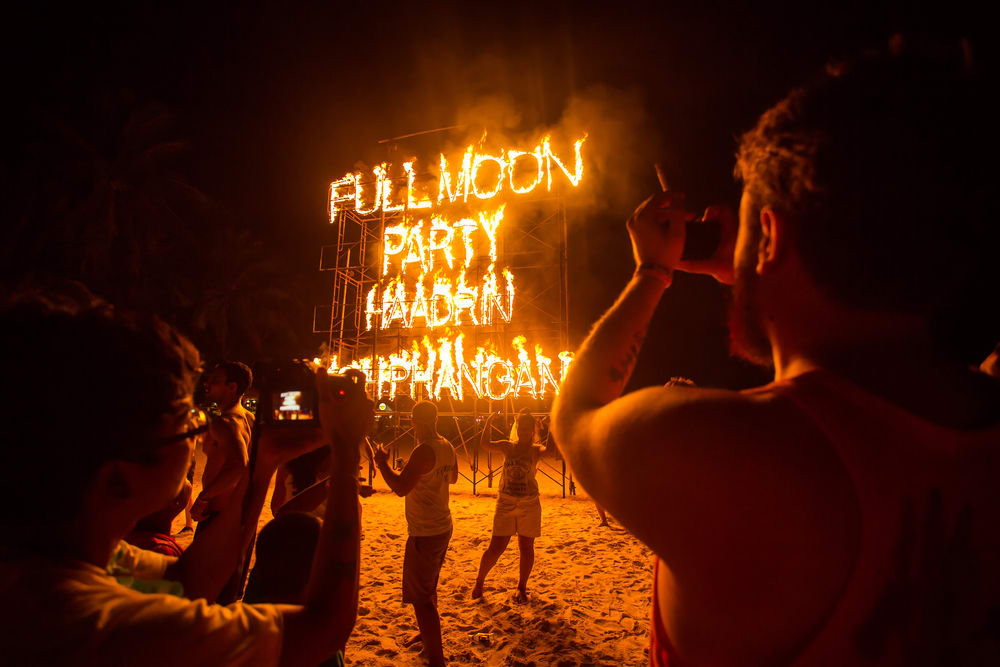 thailand full moon parties, thailand hadrin party, koh phangan full moon thailand