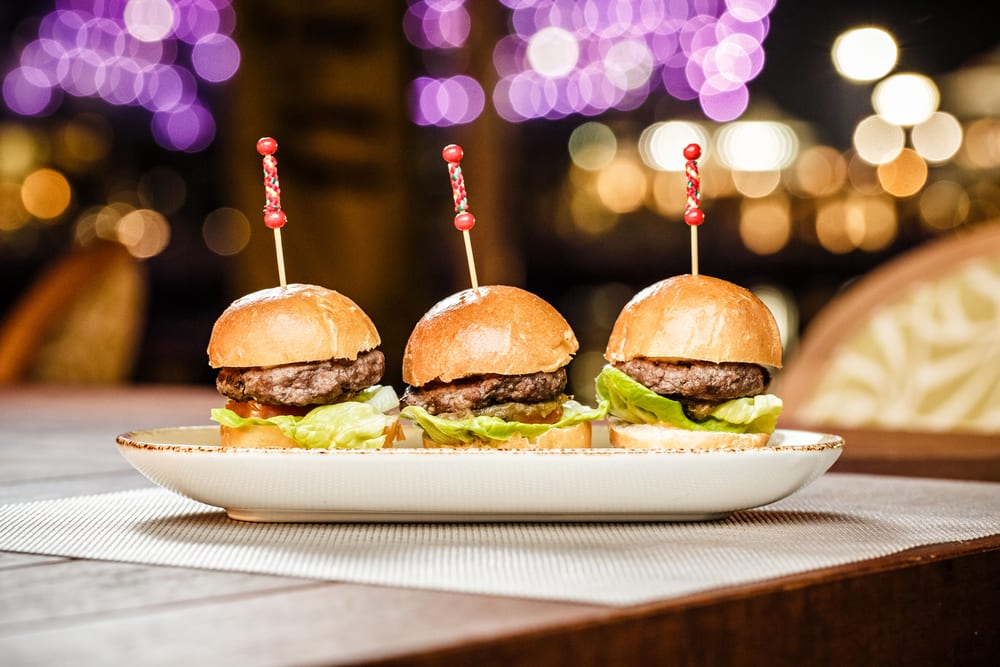 blur frog chengdu, blue frog western restaurant, best sliders in chengdu, american restaurant chengdu