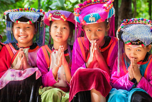 northern thailand people, lanna thai people, thailand costumes, thailand traditional wear