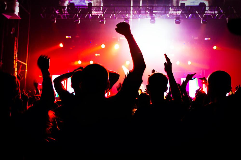 bangkok clubs, bangkok nightclubs, bangkok bars, bangkok live music, bangkok dancing