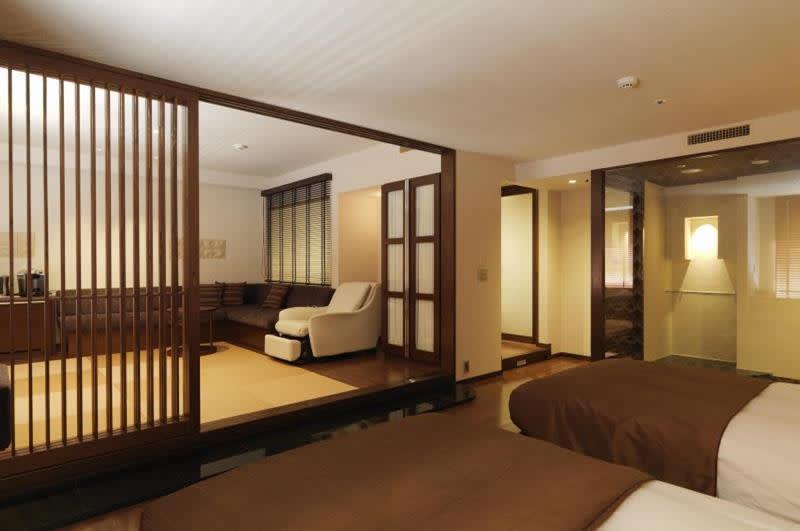 格局寬敞明亮的雙人套房(照片來源:Jozankei Tsuruga Resort Spa Mori no Uta官網http://www.morino-uta.com/)