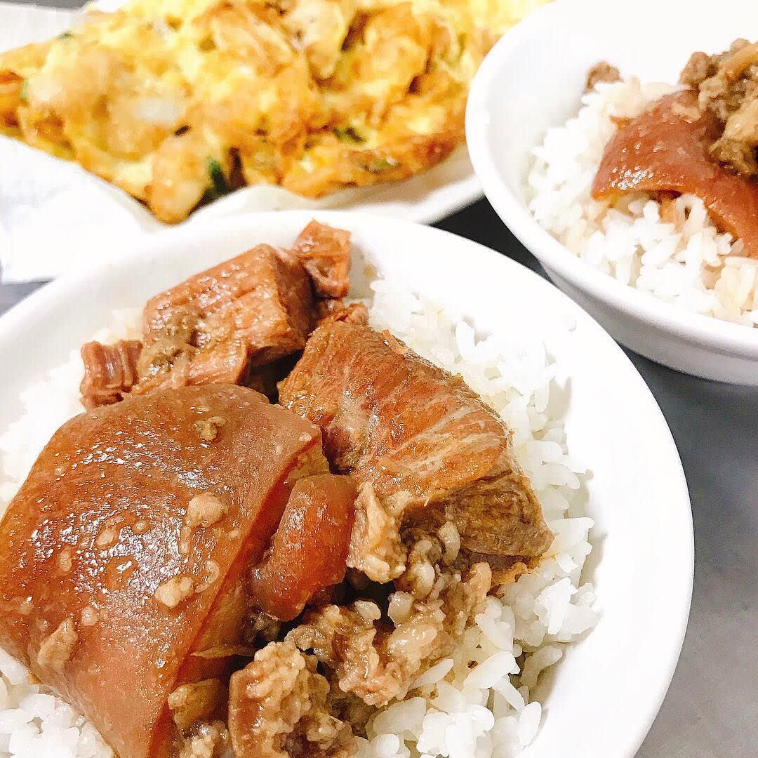 腿庫飯可選擇肥肉多或瘦肉多,也可以肥瘦各半。(圖片來源/Instagram-ago928)