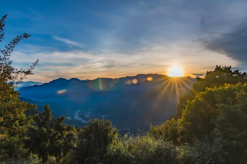 阿里山小笠原觀景台所見日出(照片來源:Davin0315@Flickr)