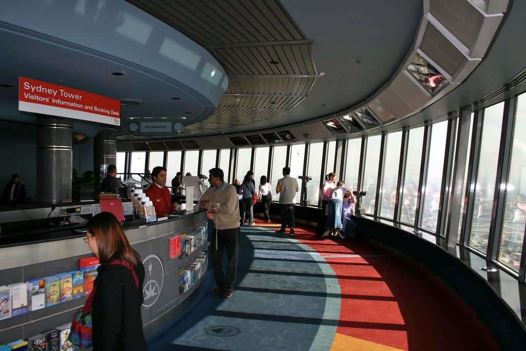 雪梨塔的360°室內觀景平台。(Flickr授權作者-mkriedel)